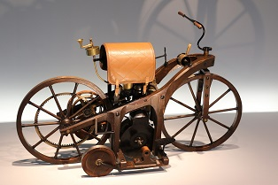 Motorcycle that was technologically advanced in the start of XX century